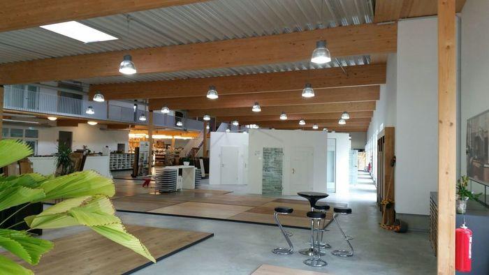 Koch holzwerke ausstellung mit neuem licht empalight for Koch holzwerke